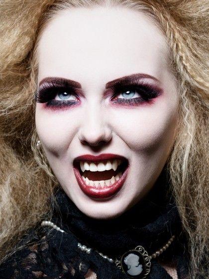 2013 Sexy Vampire Contact Lenses for Halloween | Vampire ...