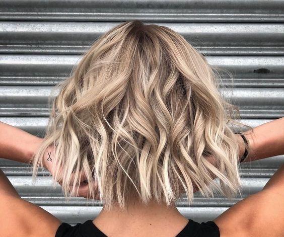 Tagli di capelli 2019: minimal and chic | Capelli biondi ...