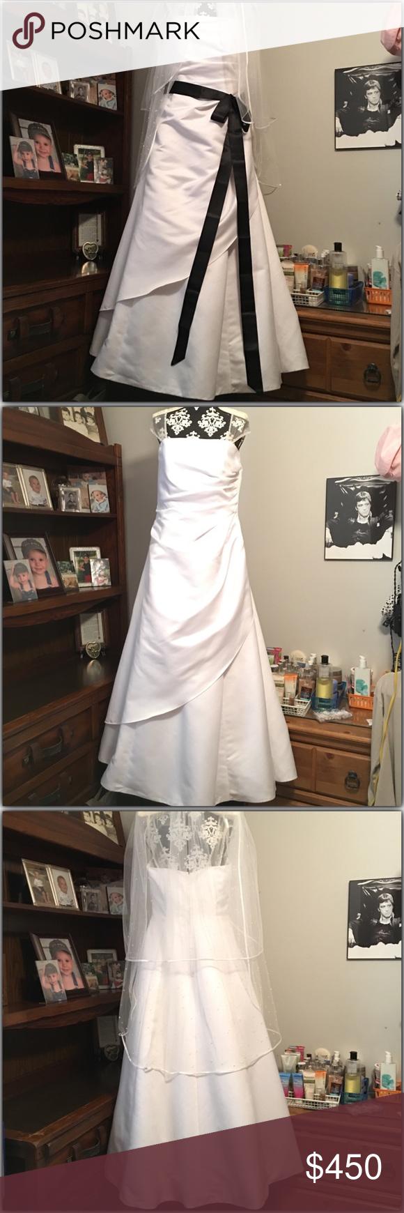 Michaelangelo wedding dress  Michaelangelo Wedding Dress  My Posh Closet  Pinterest