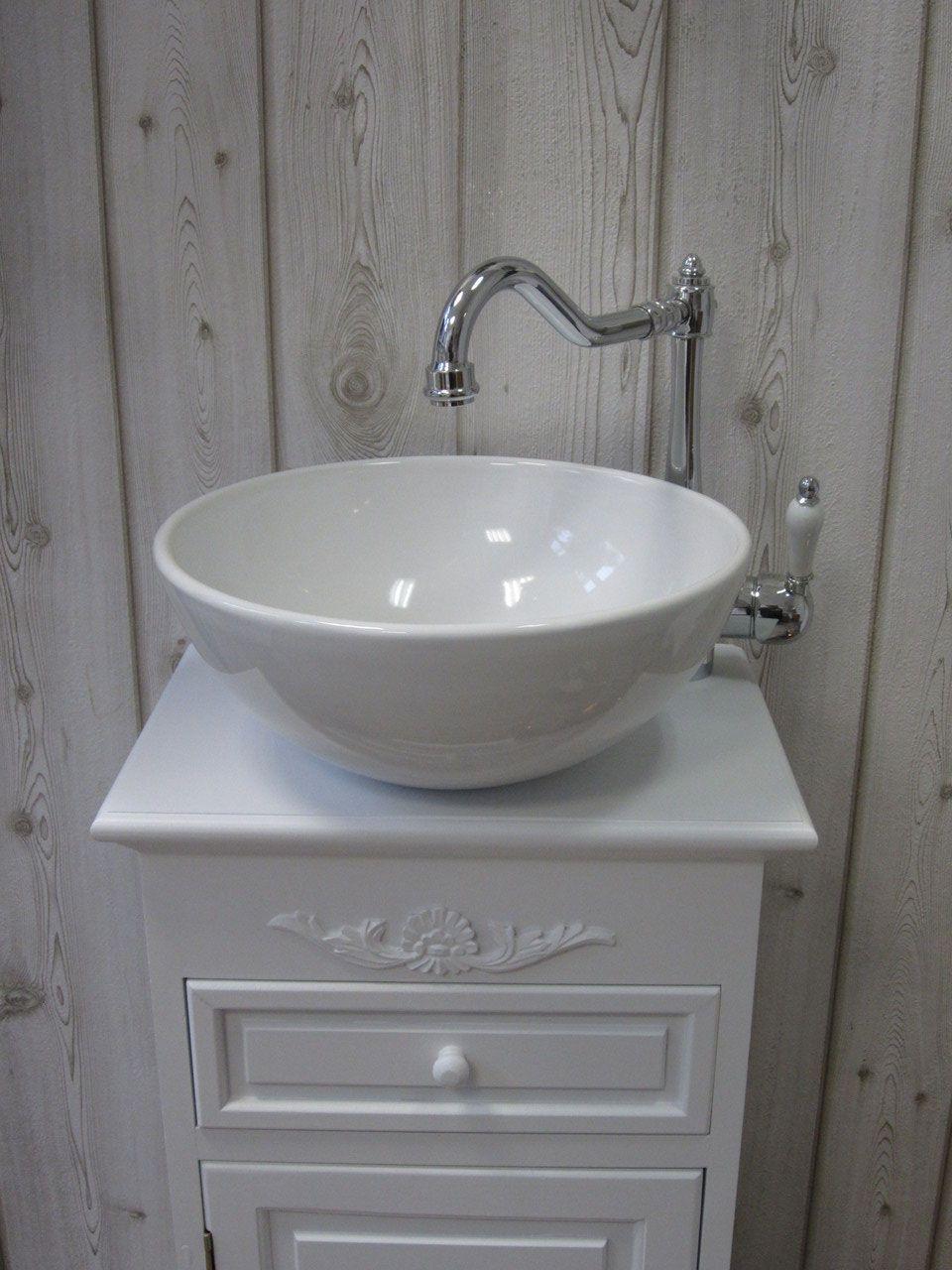 Gastewaschtische Und Kleine Waschtische Fur Ein Wohnliches Badezimmer Landhaus Nostalgie Vintage R Badezimmer Dekor Bauernhaus Badezimmer Waschtisch Klein