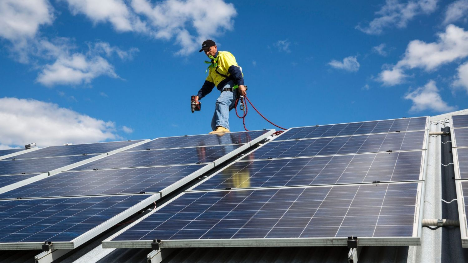 How Long Does It Take For Solar Panels To Pay For Themselves Solar Solar Battery Roof Solar Panel