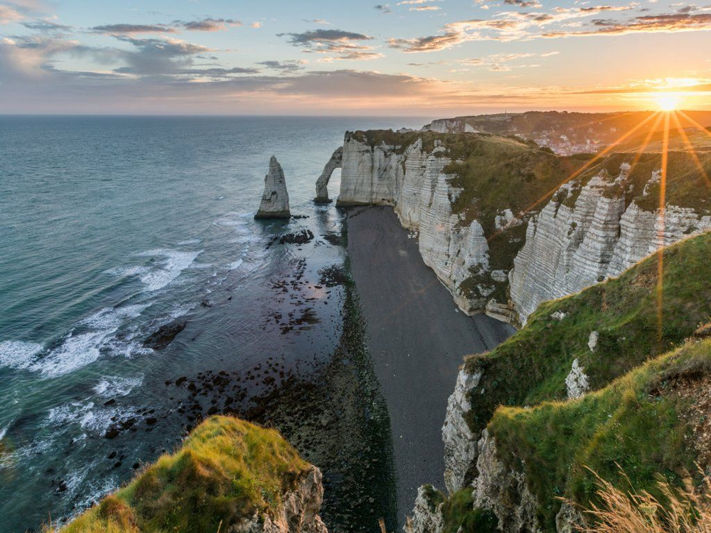 Dawn At The Cliffs Etretat Normandy France Europe Wallpaper