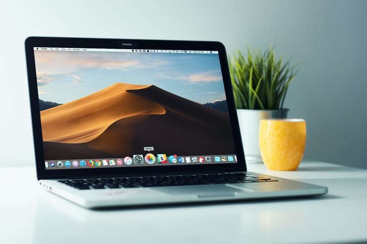 How to Keep Your Mac's Dock Organized and Free From