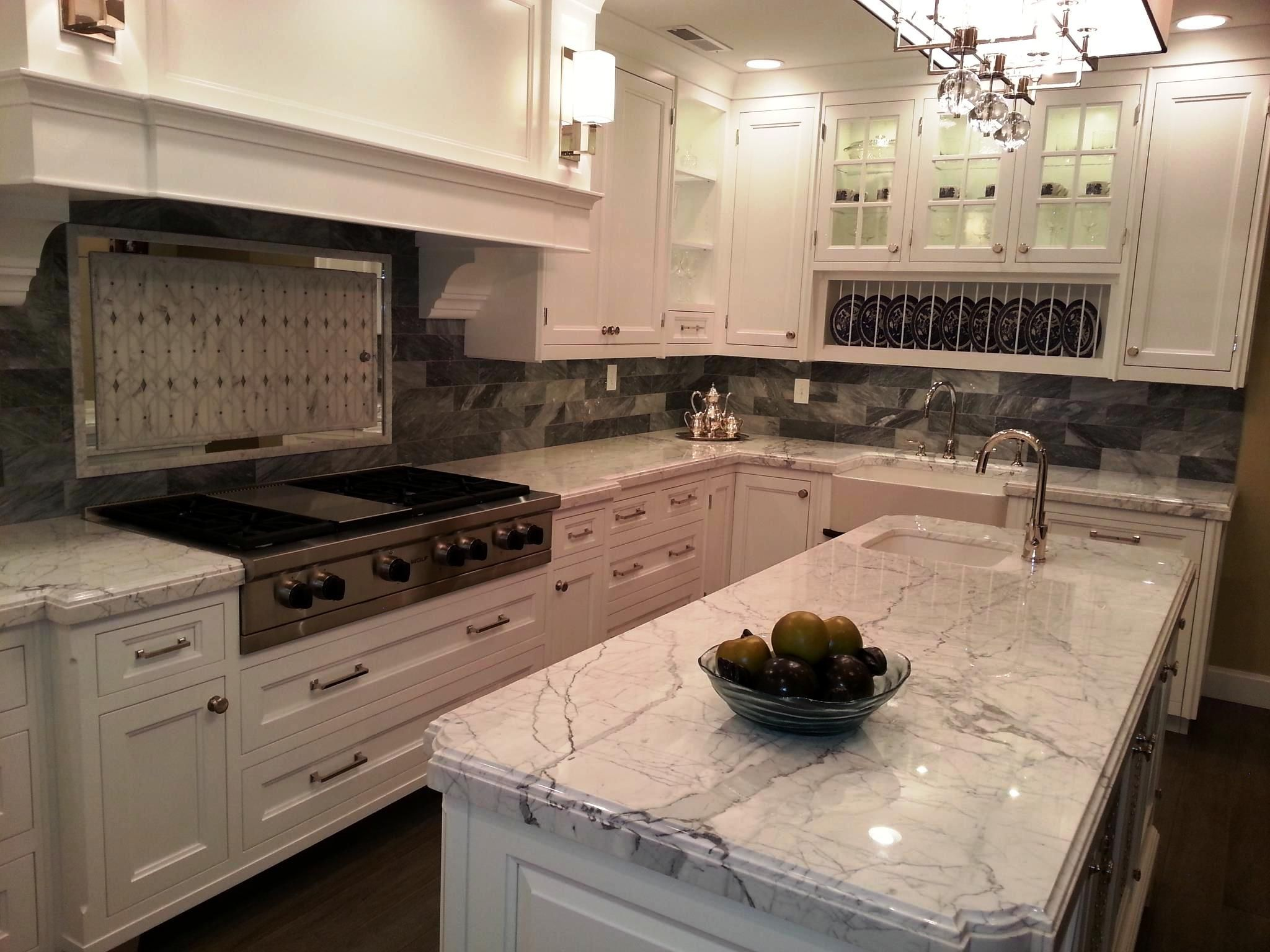 Good Kitchen Counter Decor Ideas Countertop With White Cabinets Inside Granite Colors
