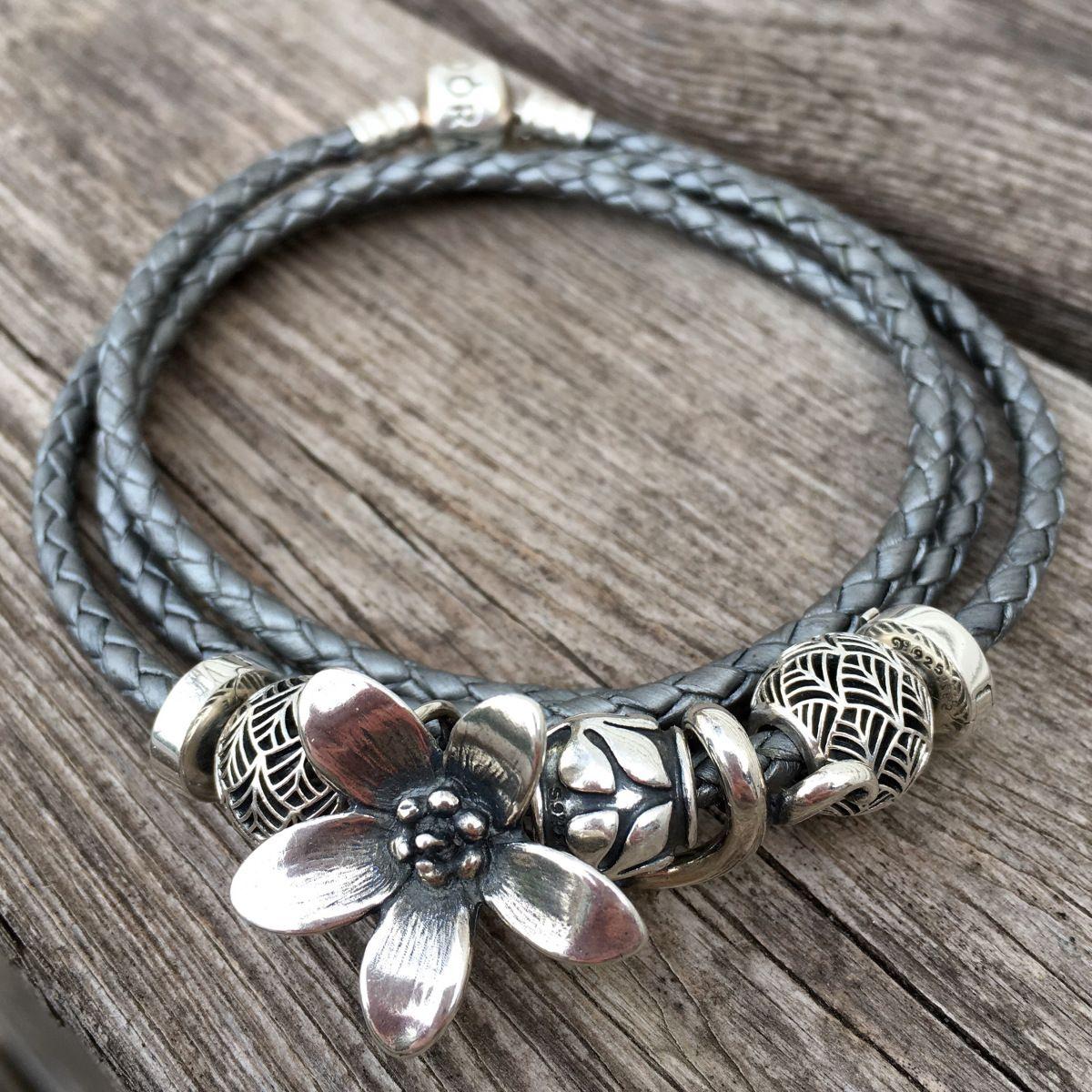 Troll anemone + Pandora leather