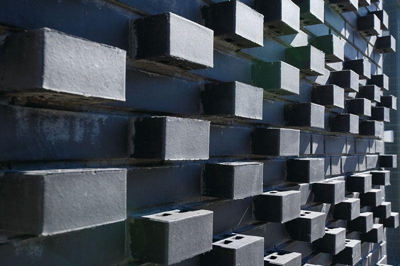 Röben Klinker, Bricks | Brick-Design® | Wohnhaus in Amsterdam (NL) | Klinker: FARO schwarz-nuanciert | Planung: Marc Koehler | Foto: Cornelia Suhan
