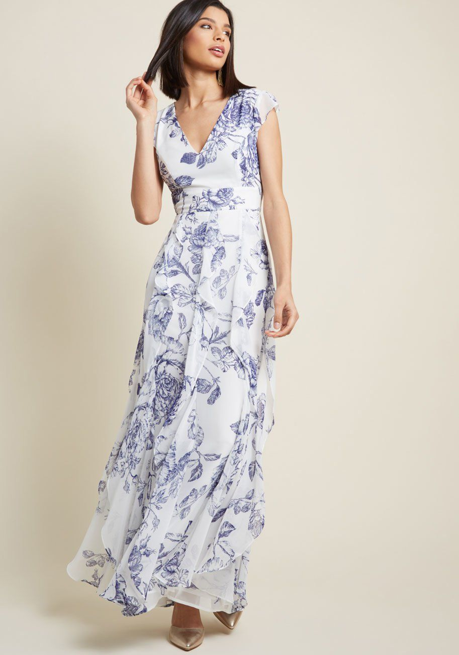Plus size maxi dresses for summer wedding  Exquisite Epilogue Maxi Dress in Etched Blossoms  fashion