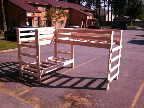 How To Build A Set Of Strong Triple Bunk Beds Diy Project Can Help You  Manage