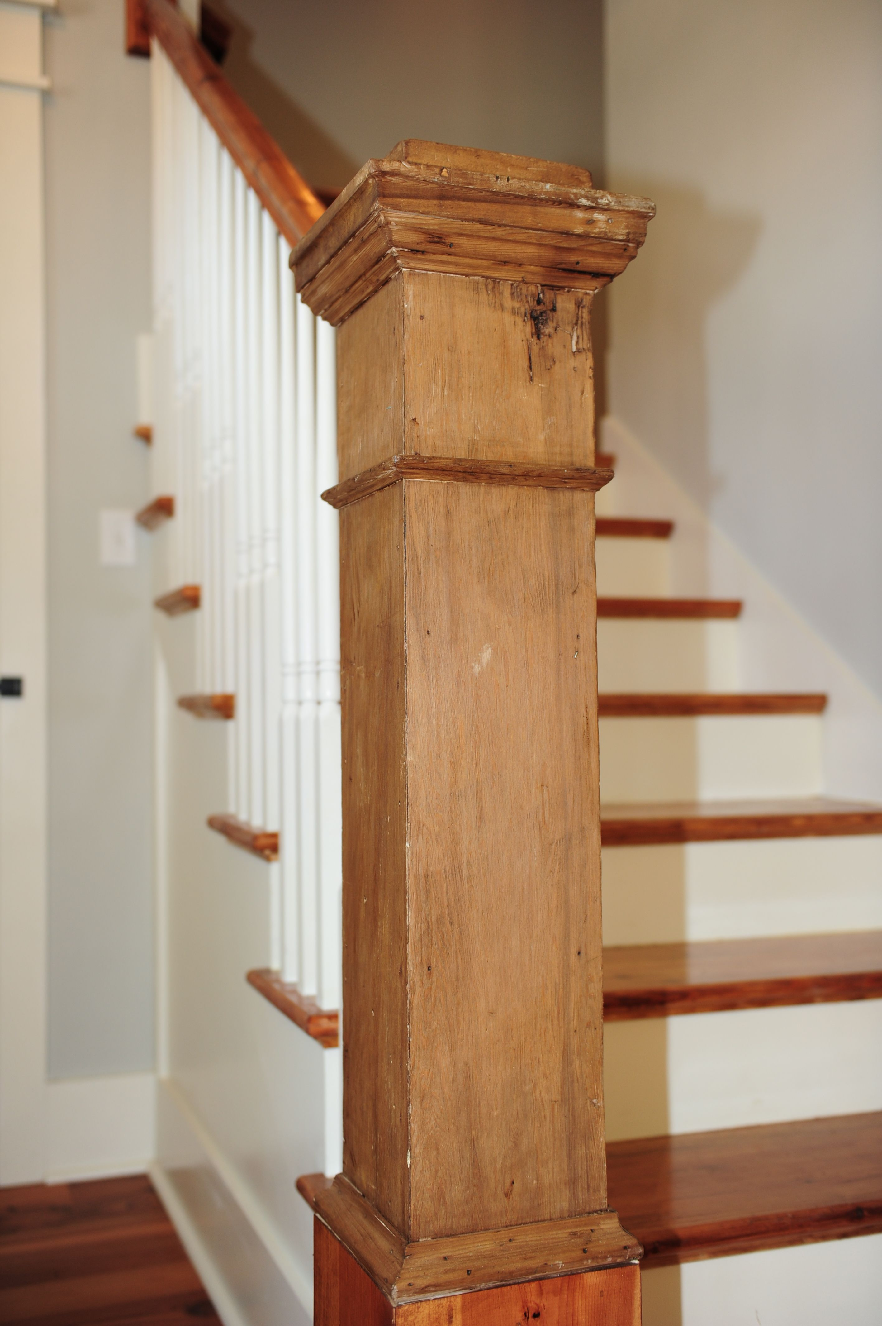 Best Reclaimed Pine Newel Post With Images Staircase 400 x 300