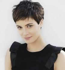 Bildergebnis Für Frisuren Seiten Kurz Oben Lang Frauen Hair