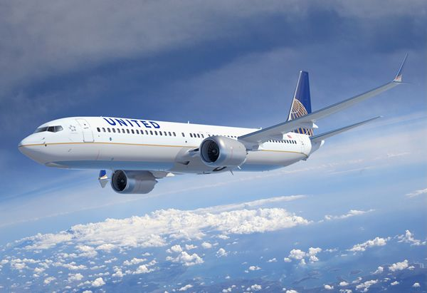 United Airlines is the first to offer Wi - Fi on international flights