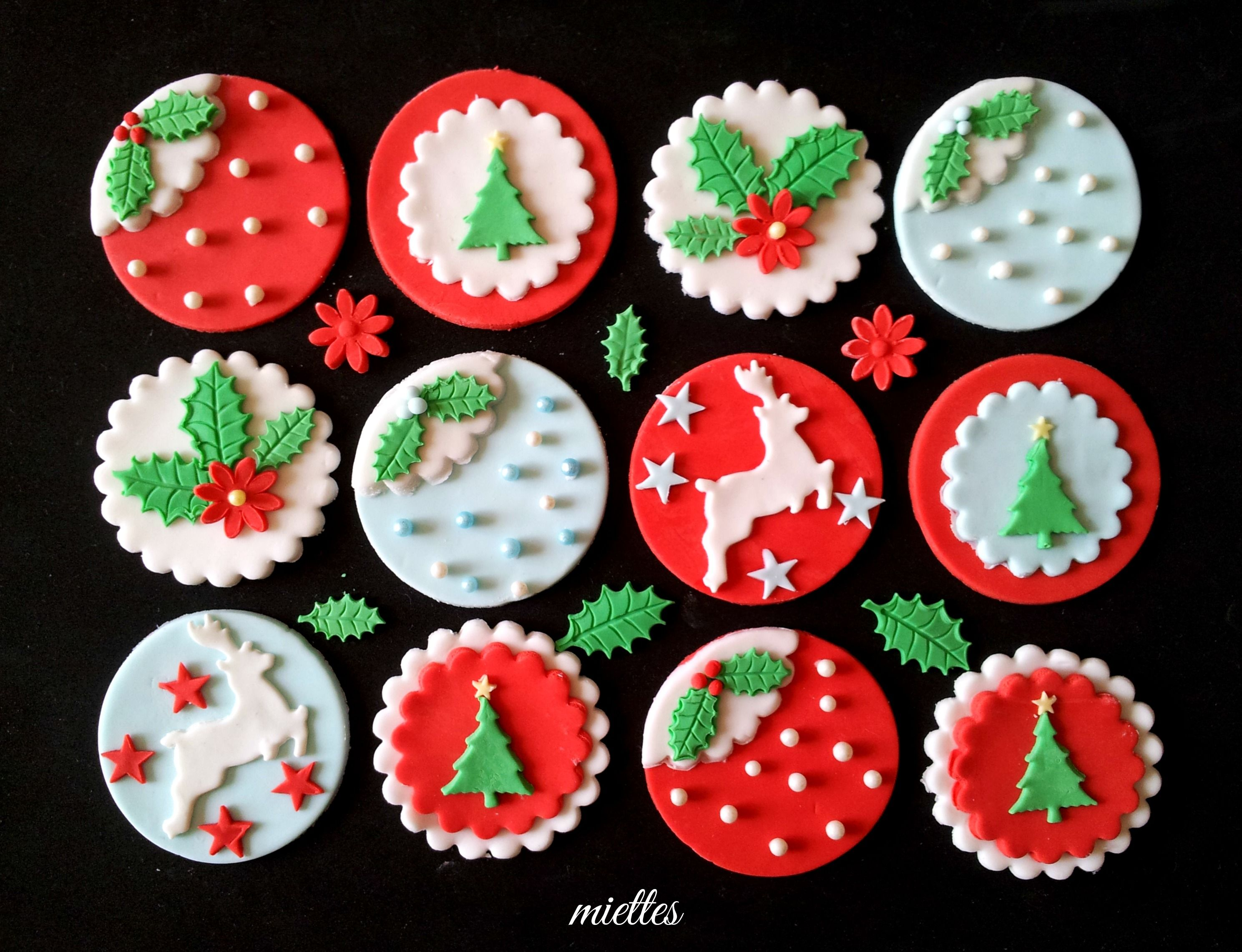 Christmas Cake Toppers Plastic