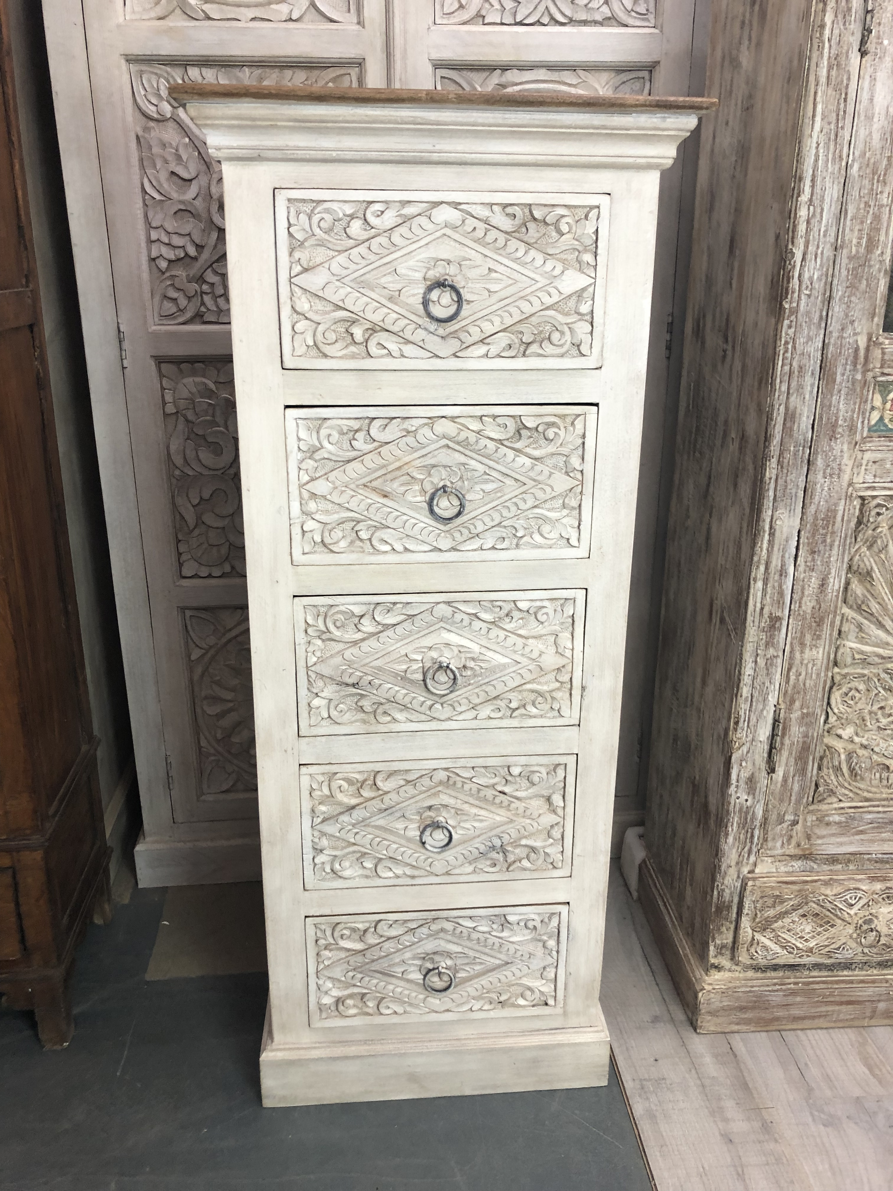 Tall Carved Chest Of Drawers Made From Mango Wood Chest Of Drawers Makeover Chest Of Drawers Mango Wood [ 4032 x 3024 Pixel ]