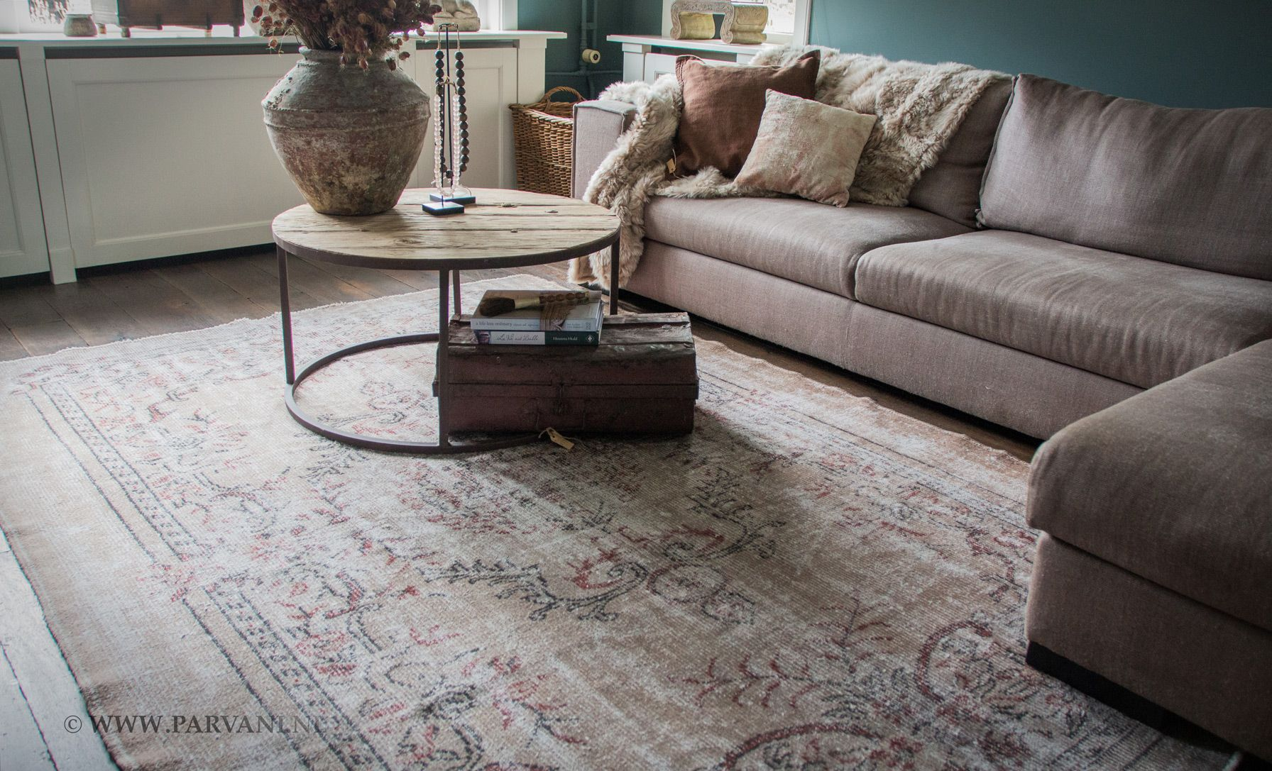 Parvani Vintage vloerkleed beige oudroze naturel