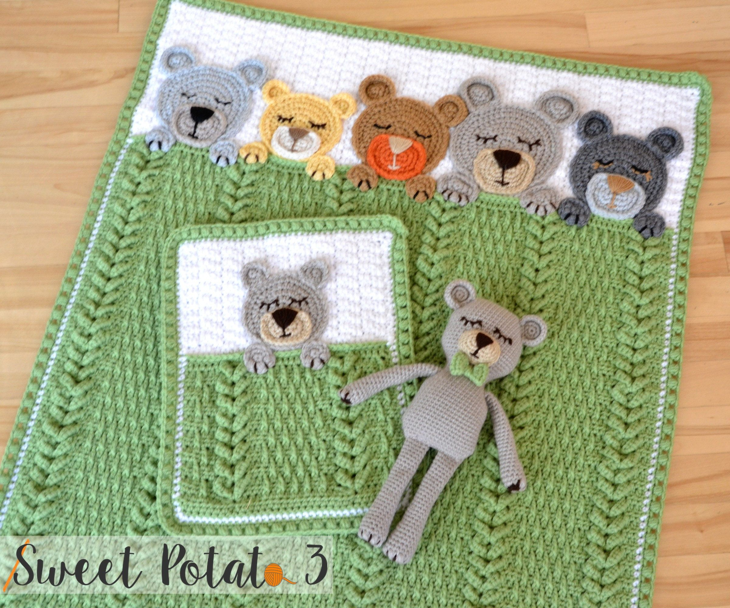 Sleep tight teddy bear set baby blanket lovey stuffed baby we just wrapped up month long cal and am now ready to share the sleep tight teddy bear pattern with all of you this baby blanket is full of rich bankloansurffo Images