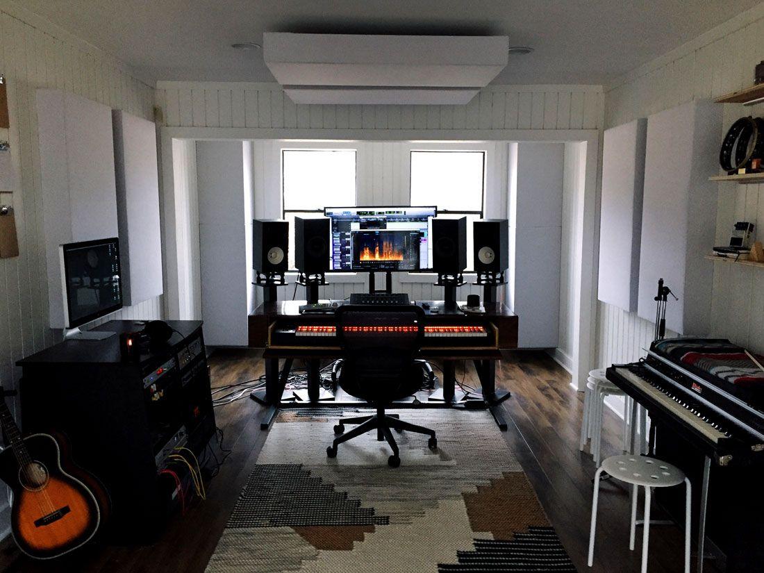 Stanza Studio In Casa monster bass trap with flexrange technology (con immagini)