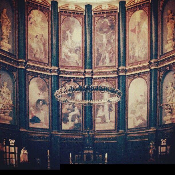 No es Italia, no es Francia, no es España. Es la Catedral Metropolitana de San Salvador #architect #renacentismo #roman #church #barroco #35mm #film #kodak