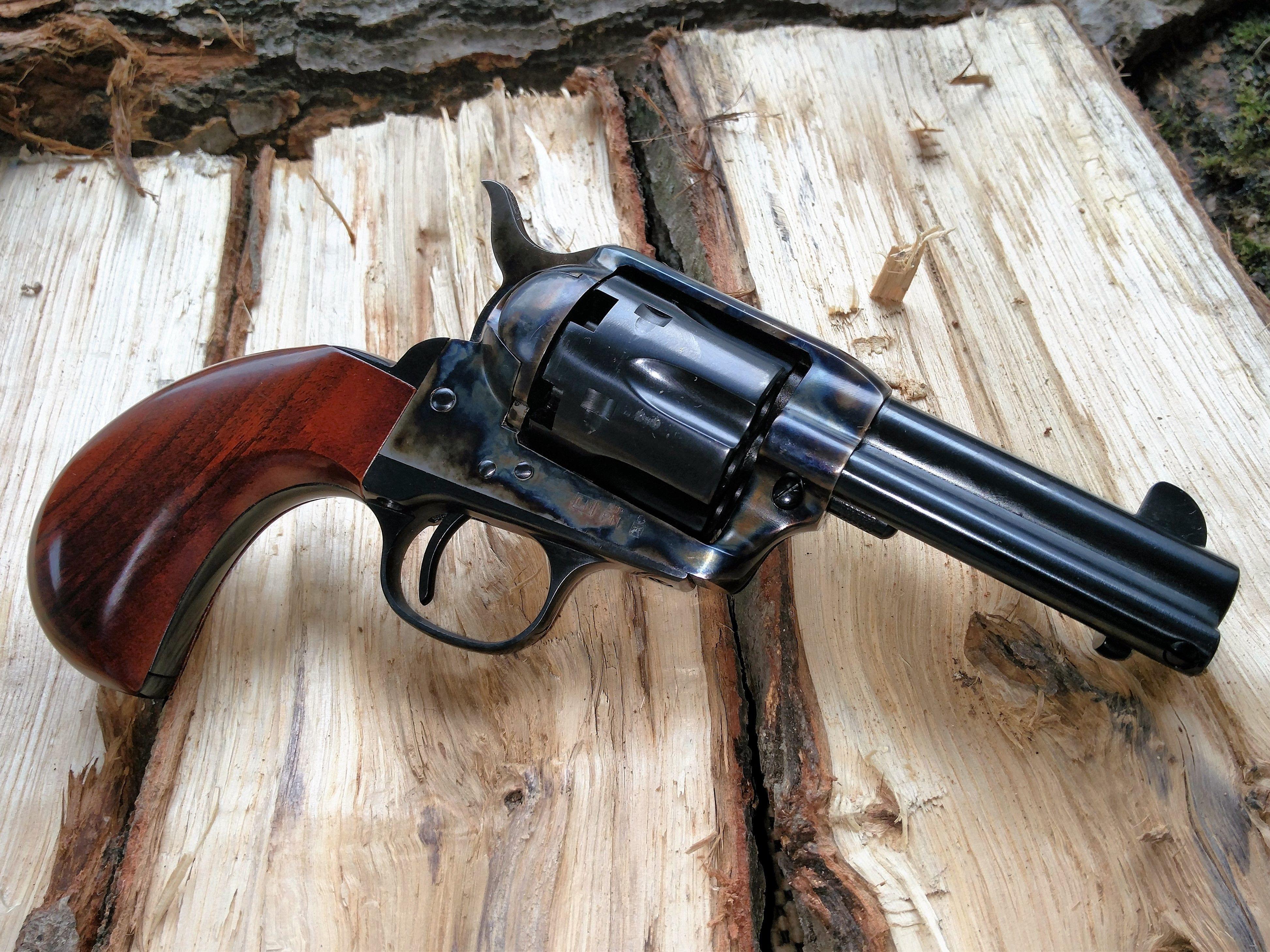 Uberti 1873 Colt Cattleman Birdhead Guns Revolver Rifle Guns