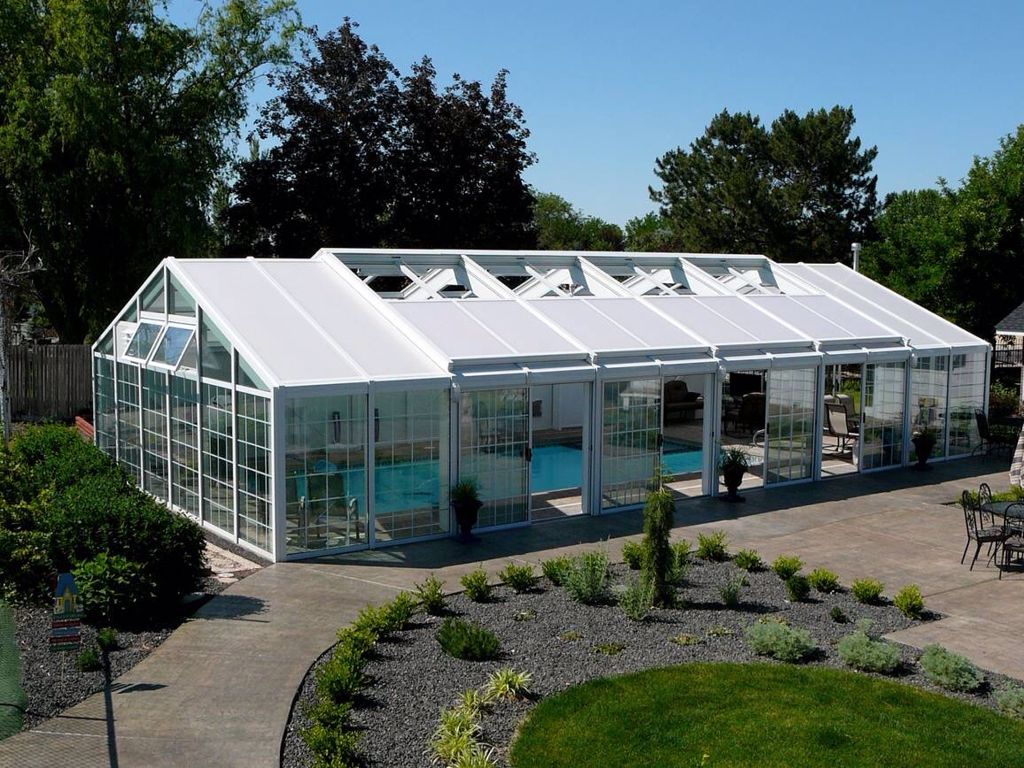 Meridian Idaho Pool Enclosure Built By Greenhouses Etc For The Sweetest Couple Swimming Pool Enclosures Residential Pool Pool Enclosures