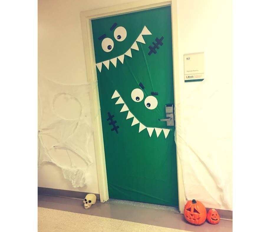 70 Witty Halloween Classroom Door Decorations for Halloween Class Party #halloweenclassroomdoor