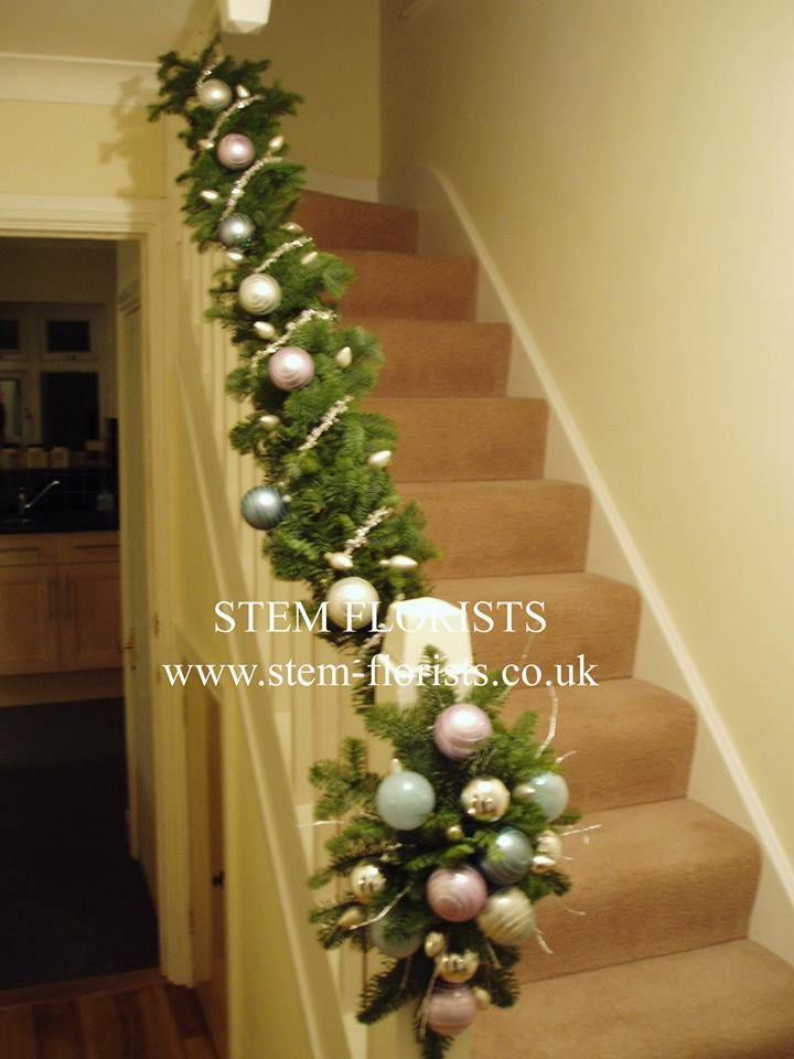 Decoración para escaleras #Navidad #Interior #Hogar Ideas