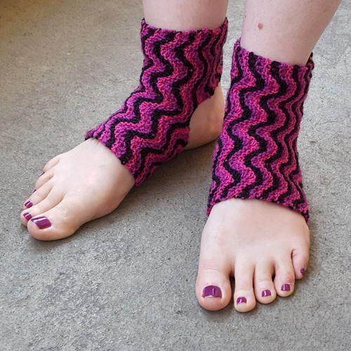 Bitilasana Yoga Socks | #SocksOnSaturday | Yoga socks ...