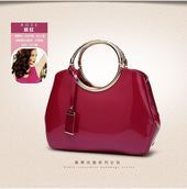 Photo of Leather  Famous Brand Women Bag  Leather Famous Brand Women Bag    This image ha…