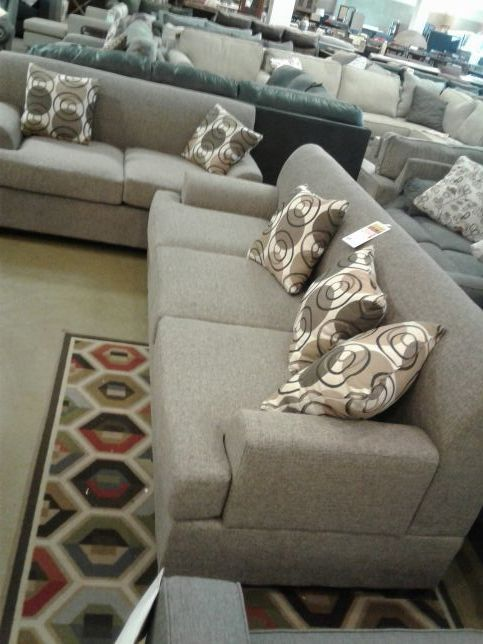 Love Saetvand A Sofa Furniture In Phoenix Az Offerup