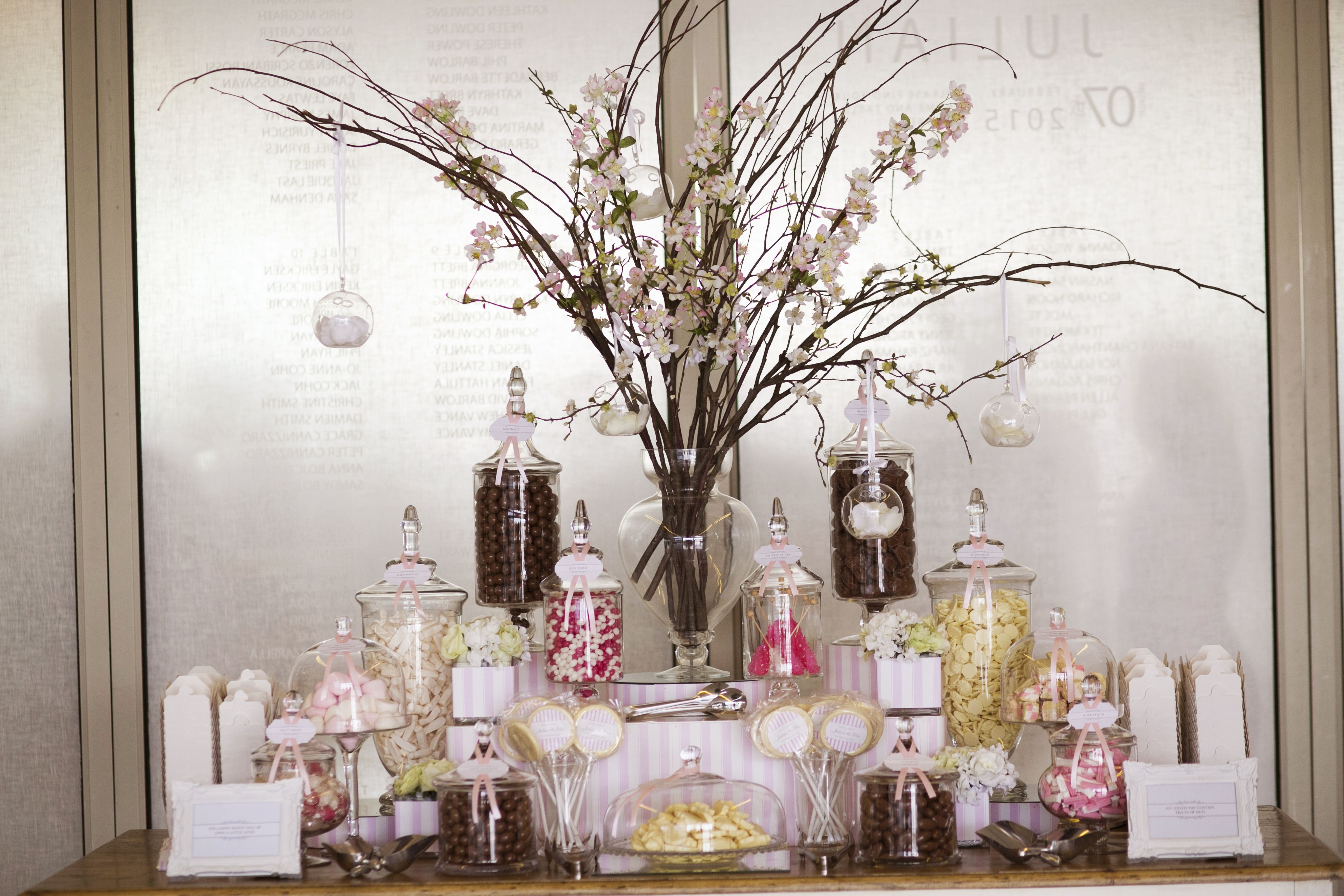wedding sweet table | itakeyou.co.uk