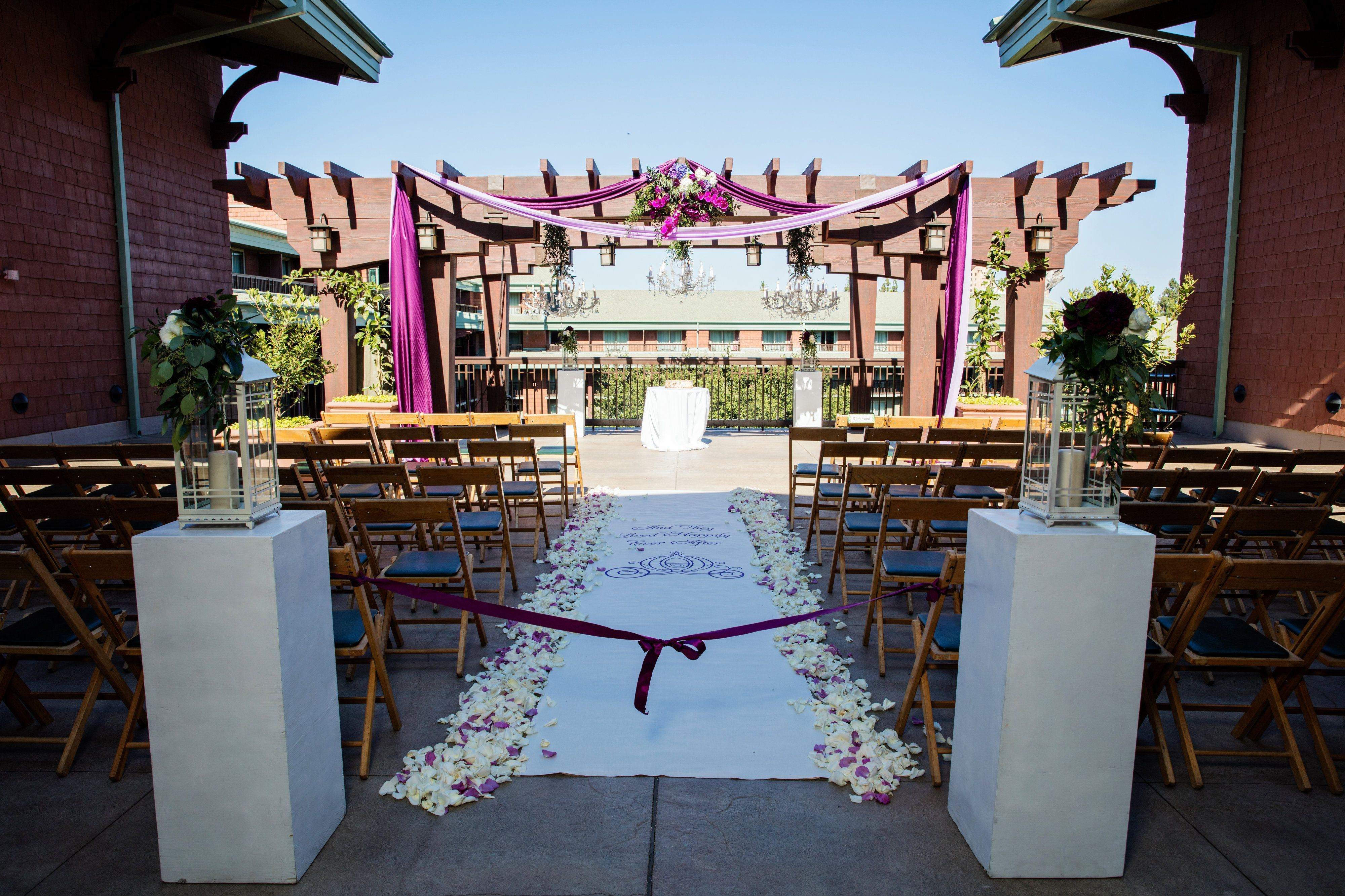 Patricia And Michael S Ceremony Decor At Parkview Terrace Disney Grand Californian Hotel