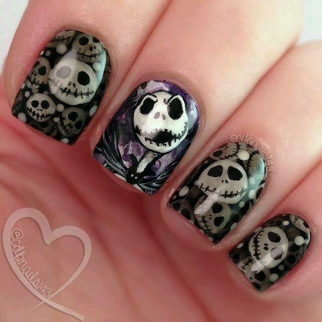 Desperately want these Jack Skellington nails #tnbc ...