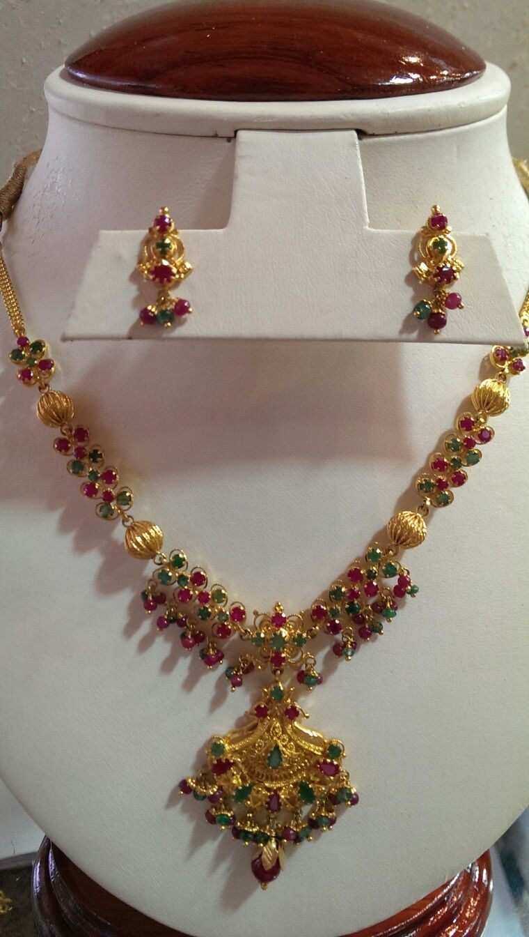 3942c9a9e1346 Ruby Emerald Necklace Set | gold | Gold jhumka earrings, Light ...