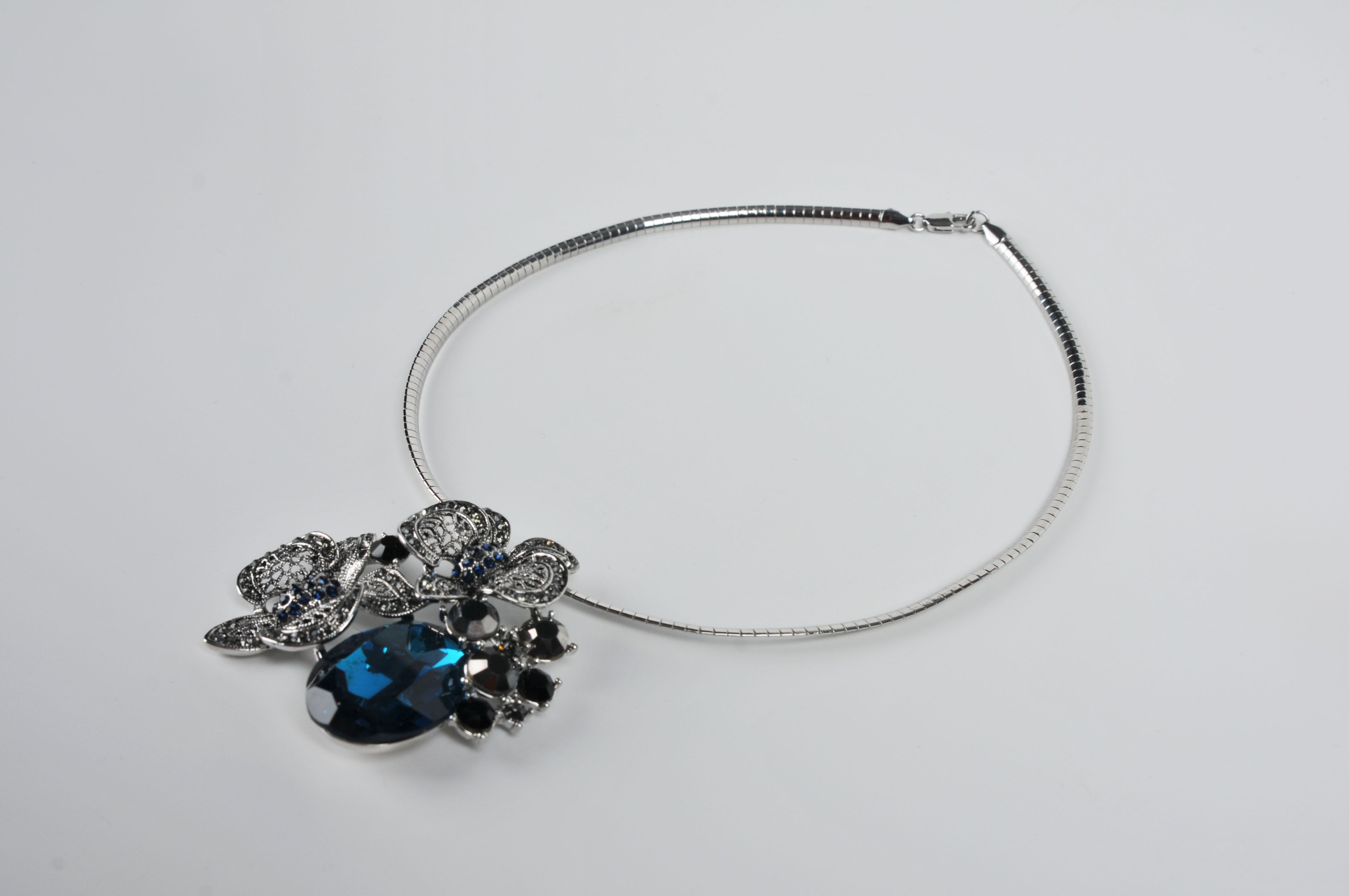 ADELAQUEEN Sliver Alloy And Synthetic Blue Crystal Jewelry with Delicacy Flower Pendant
