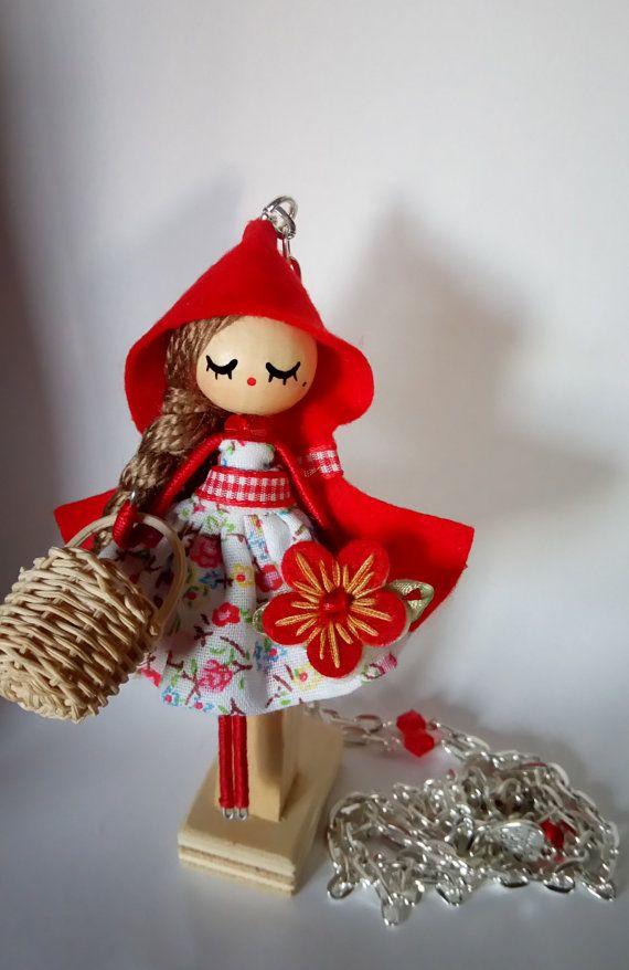 Collar de muñeca Caperucita roja por Delafelicidad en Etsy