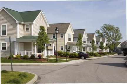 Meyers Ridge Townhomes Affordable Apartments In Mckees Rocks Pa Starting At 620 Found At Affordablesearch Com Affordable Apartments Apartment Townhouse