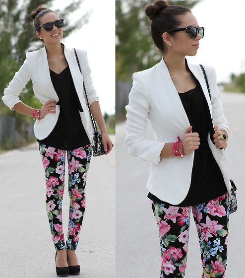 Everytime I see floral pants, I wonder how to wear them. I like this.