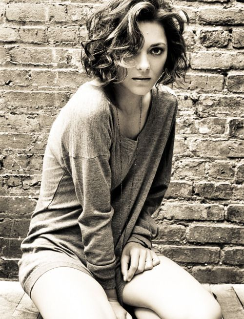 Marion Cotillard Hair In 2019 Short Curly Hair Short Hair