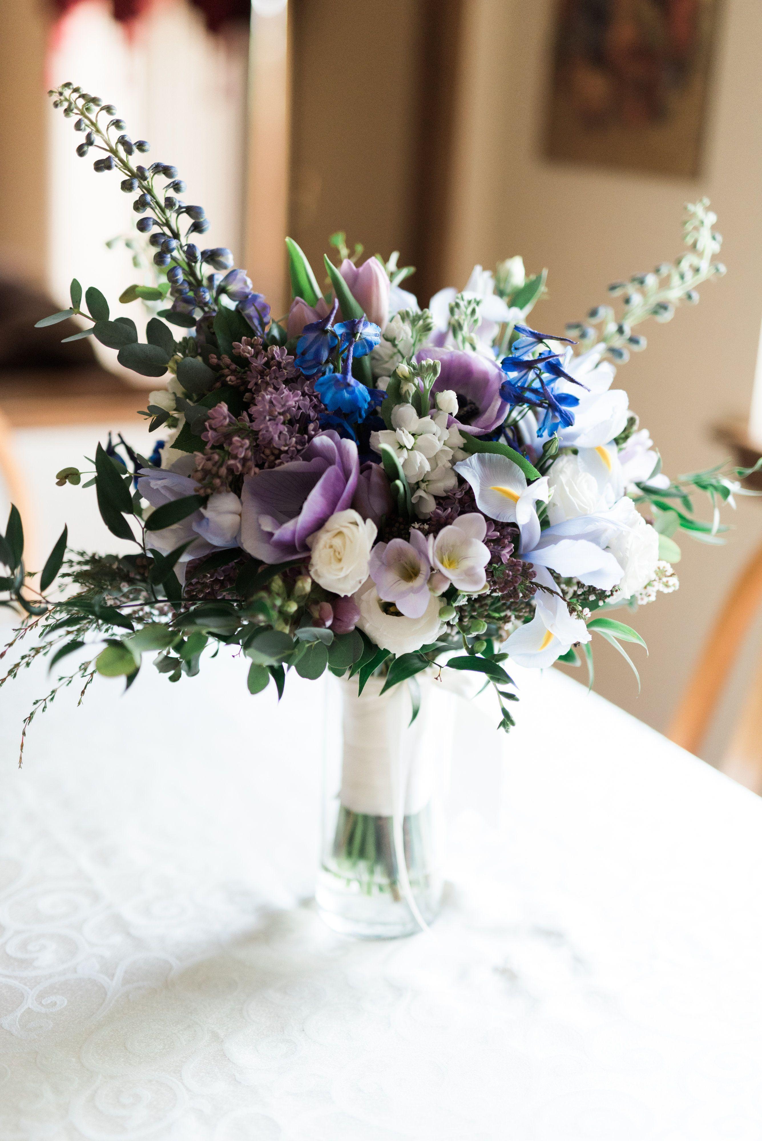 Organic Blue And Purple Bridal Bouquet Wispy Garden Bouquet Gardenbouquet Featuring Delphinium An Iris Wedding Bouquet Anemone Bouquet Purple Lilac Bouquet