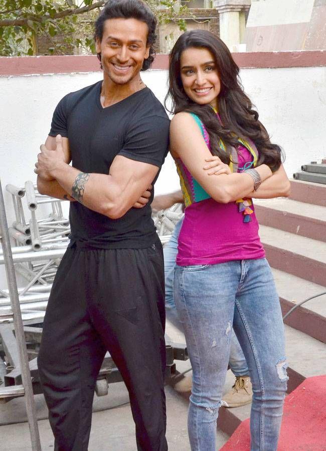 Celeb Spotting Tiger Shraddha On Baaghi Film Sets Karan Suhana At Mumbai Airport Tiger Shroff Bollywood Couples Shraddha Kapoor
