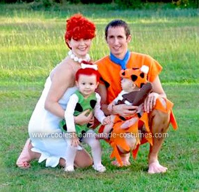 20 Diy Costumes For Babies Kids And The Whole Family - Disfraz-familia-picapiedra