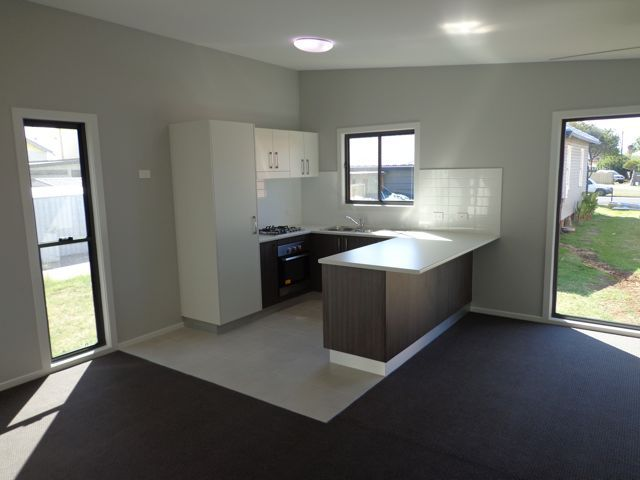 Aaron S Granny Flat Kitchen Is Quite Stylish Www Propertybloom Com Au Garage Conversion Granny Flat Granny Pod Granny Flat