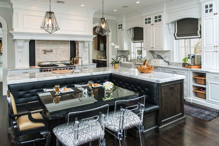 Incredible Kitchen With L Shaped Island And Built In Banquette The White Kitchen Kitchen Seating Kitchen Island With Bench Seating Kitchen Island With Seating