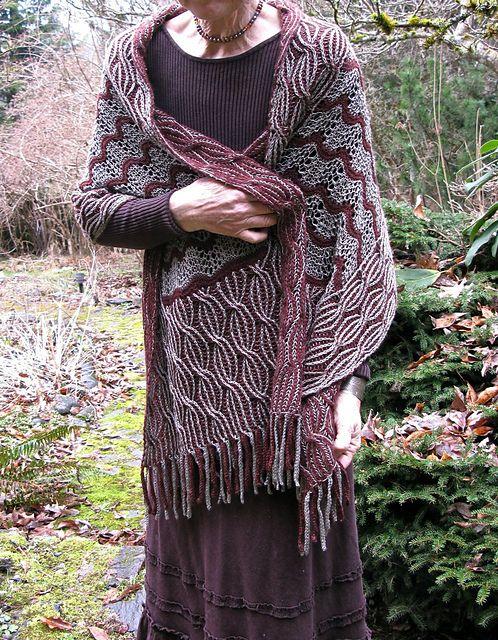 Nightshade in Amber pattern by Lynette Meek | Punto cruz, Broches y ...