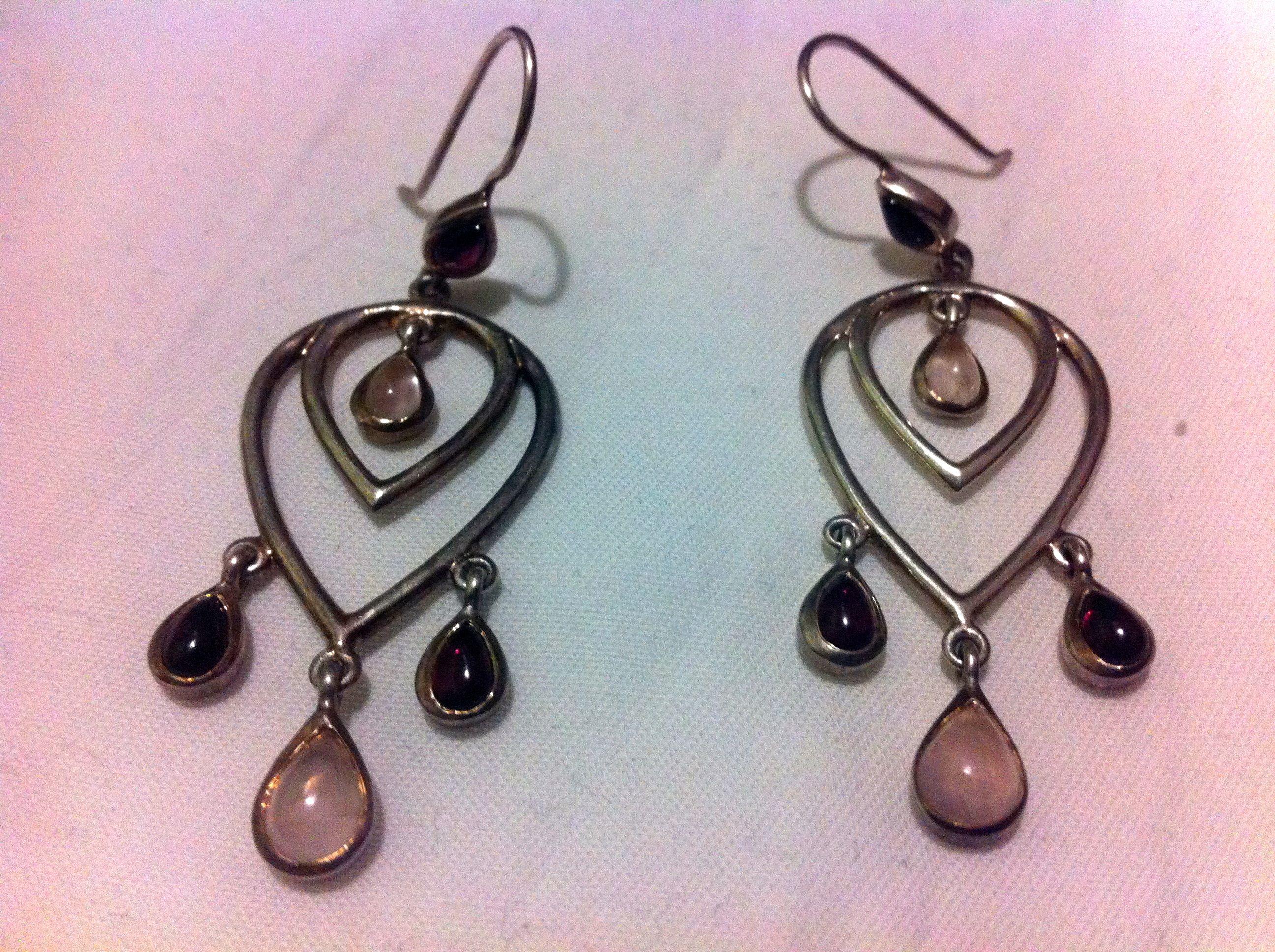LLOOOVVEE these earrings!