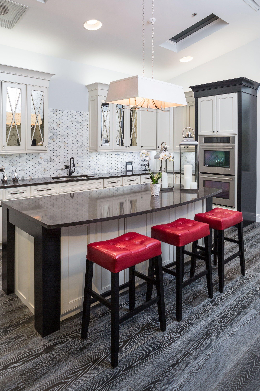 Traditional Two Tone Kitchen Bmc Design Center Home Design Magazines Cabinets And Countertops Showroom Design