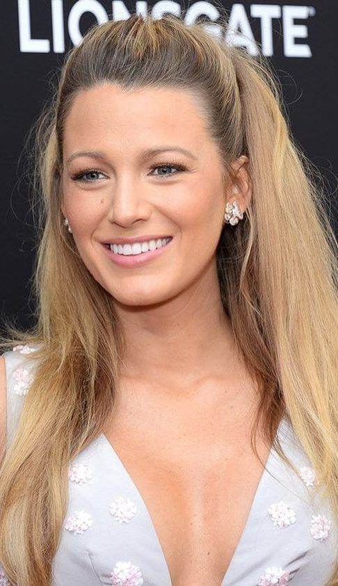Awesome Blake Lively Funny and Stylish Beauty Pictures and Photos 2019 Part 25 #blakelively Awesome Blake Lively Funny and Stylish Beauty Pictures and Photos 2019 Part 25; blake lively hair; blake lively style; blake lively makeup #blakelively