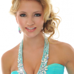 How to pick the perfect Prom hairstyle to go with your dress