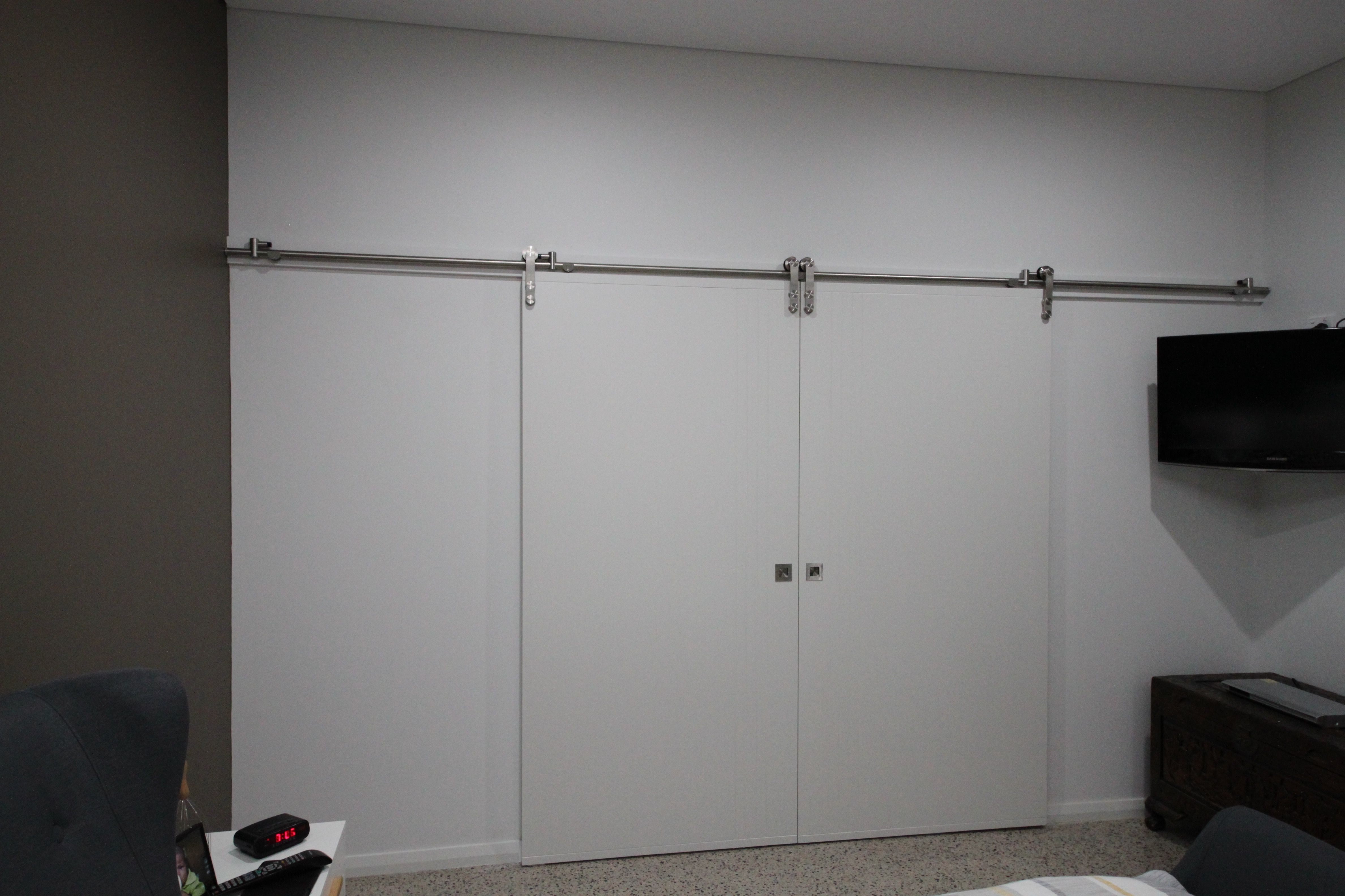 We Recently Had A Builder That Left 2100 High Openings For Top Hung Doors Matching The Casement Corinthian Doors At 2040 H Modern Barn Door Casement Barn Door