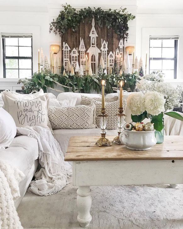 46 Inspiring Christmas Decoration Ideas For Your Living Room images