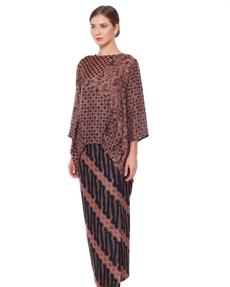 30+ Model Baju Batik Atasan Wanita Kantor (TERBARU